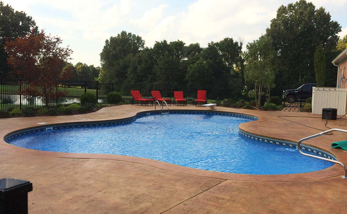 Outdoor Living Pool Builder